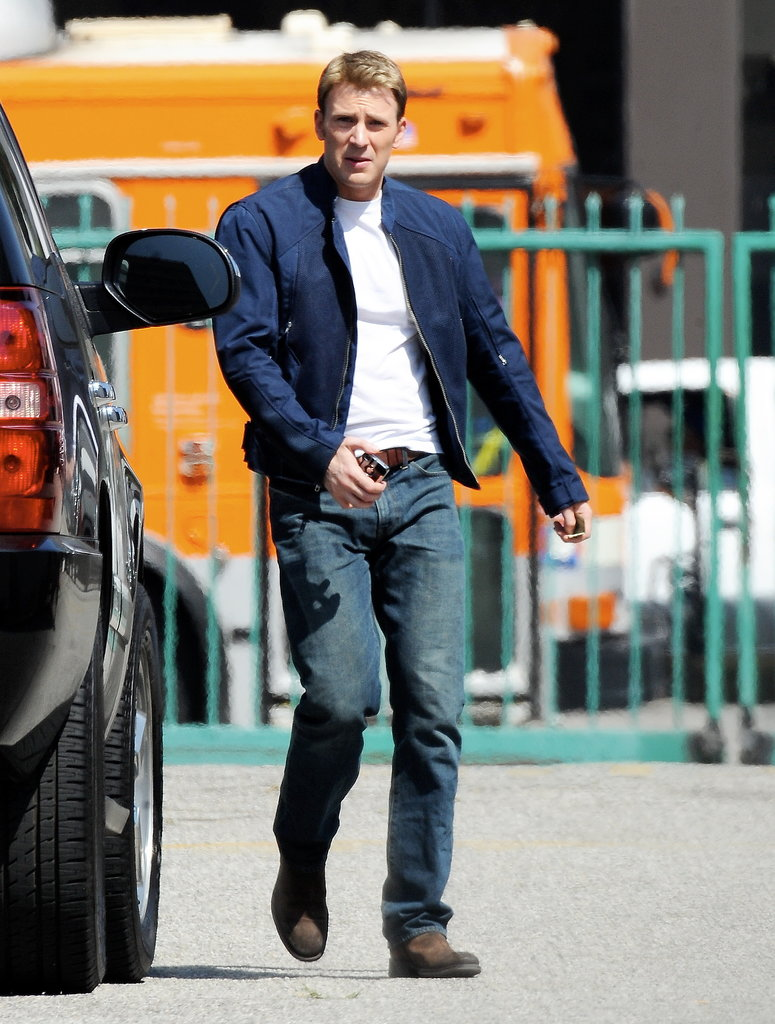 Chris Evans arrived on the set of Captain America: The Winter Soldier on Tuesday in LA.