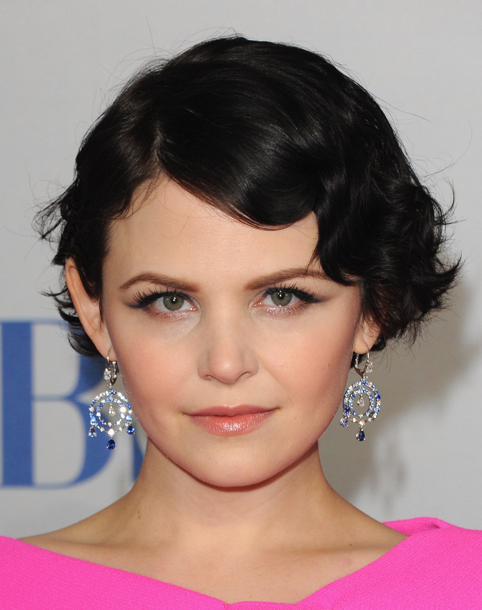 Have Haircut : Ginnifer Goodwin has been committed to short hair, and shes proven ...