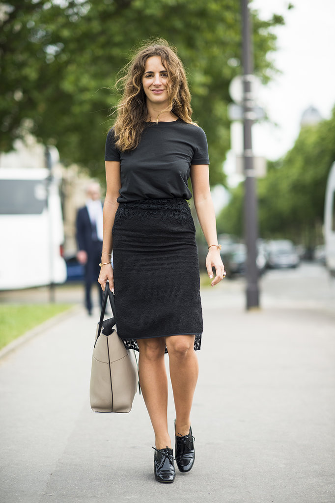 All black but not at all boring, thanks to a hint of lace and a pair of borrowed-from-the-boys brogues. Source: Le 21ème | Adam Katz Sinding