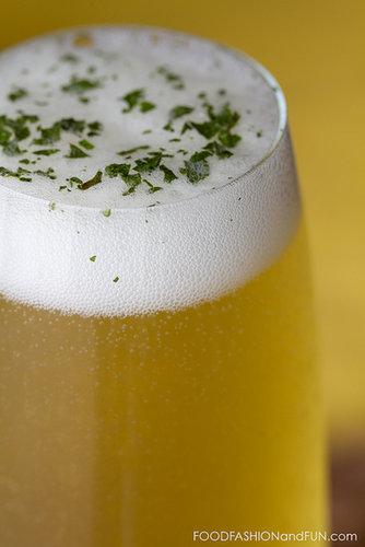 Bottoms Up | Lemon Verbena Honey Spritzer
