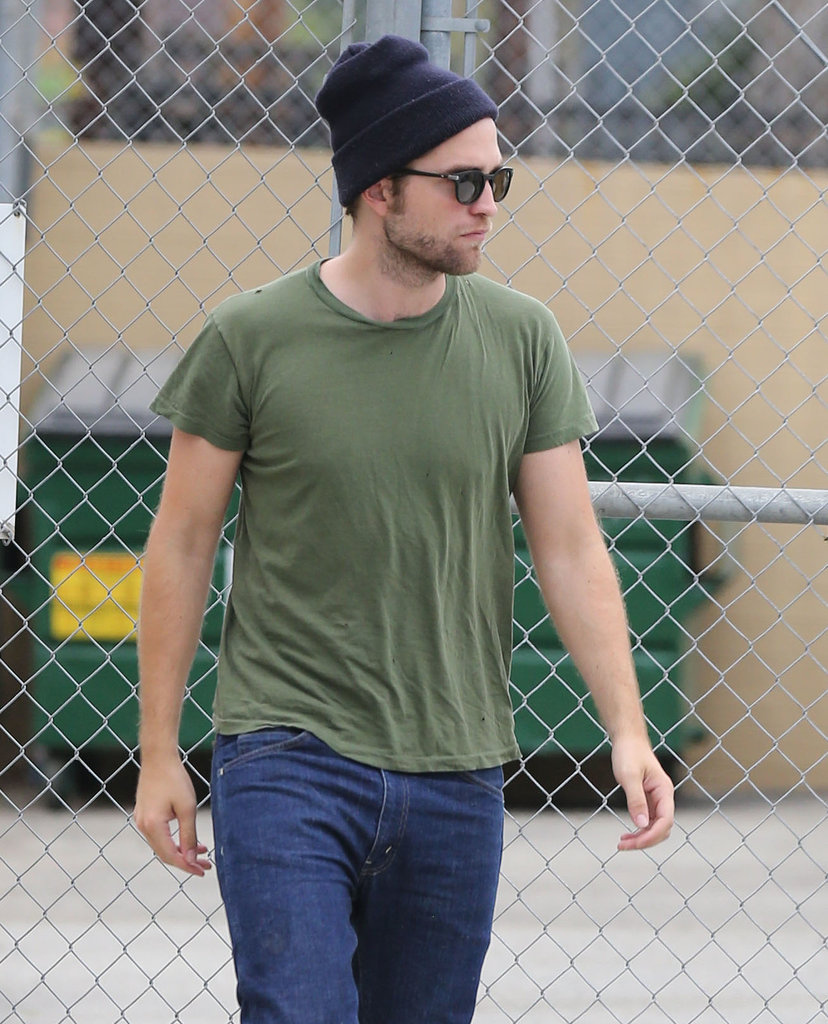 Robert Pattinson kept it casual in LA.