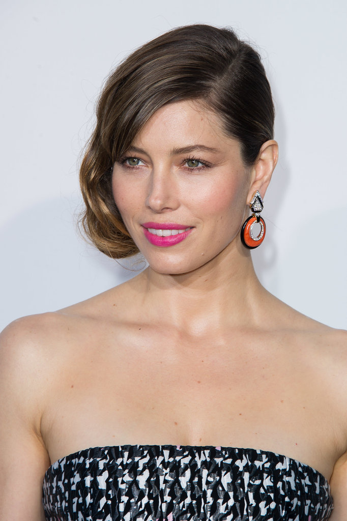 Jessica Biel wore an off-center chignon with a deep side part for a new take on an Old Hollywood favorite.