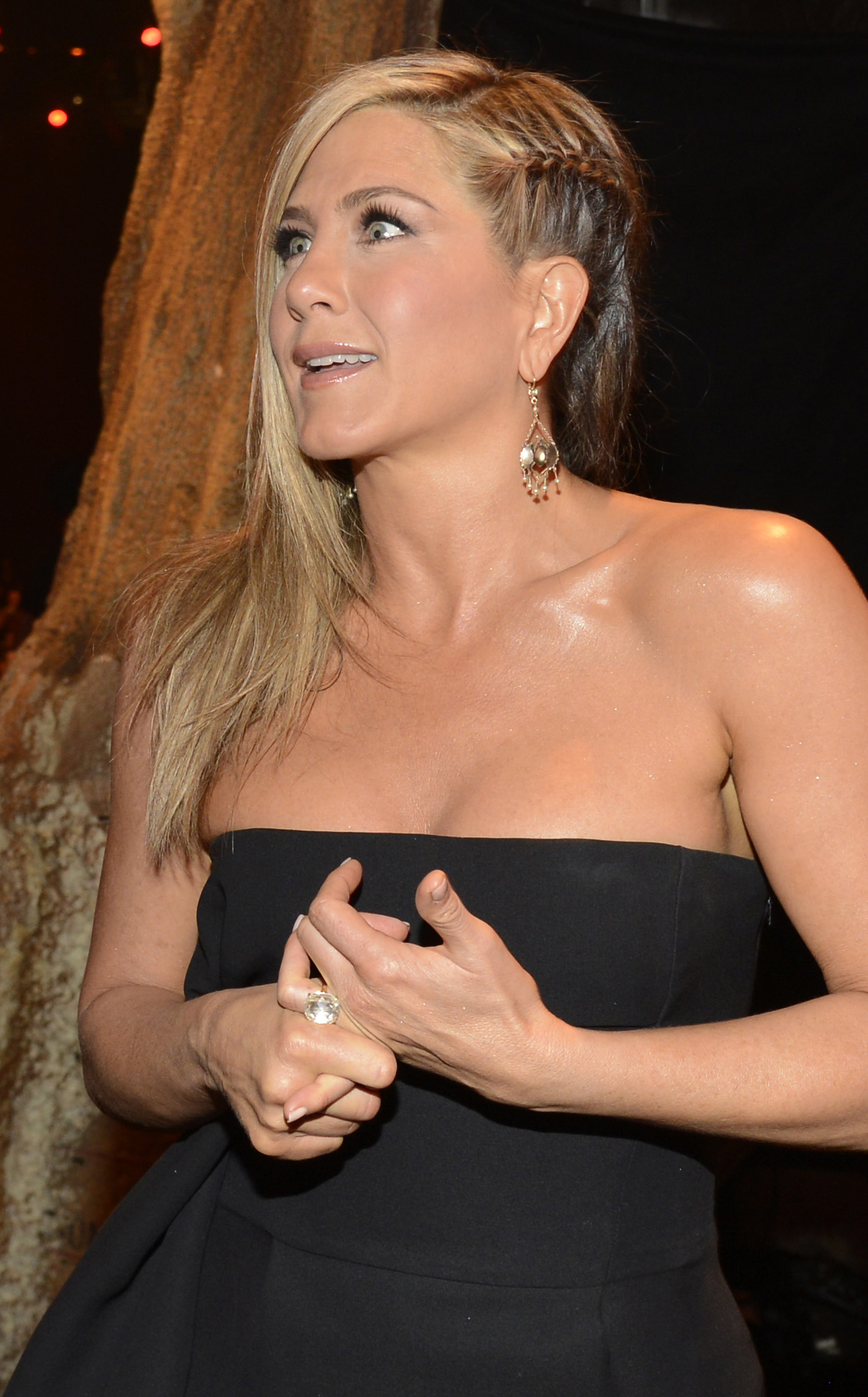Usually reserved when it comes to her hair, Jennifer Aniston took her look to a new level with a chic braided undercut.