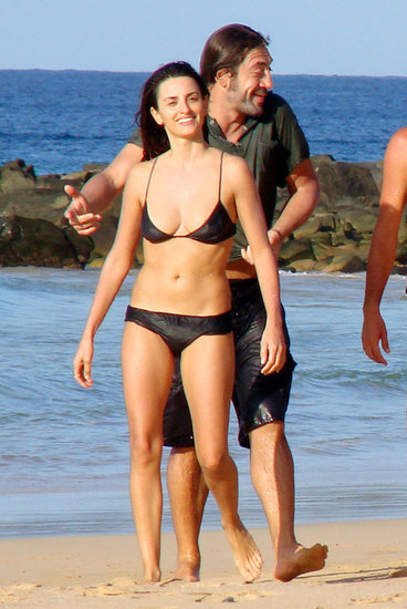 In January 2008, the couple hit the beach in Brazil.