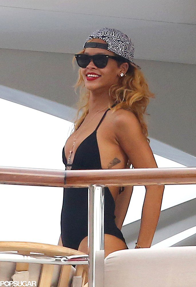 Rihanna sported a baseball cap.