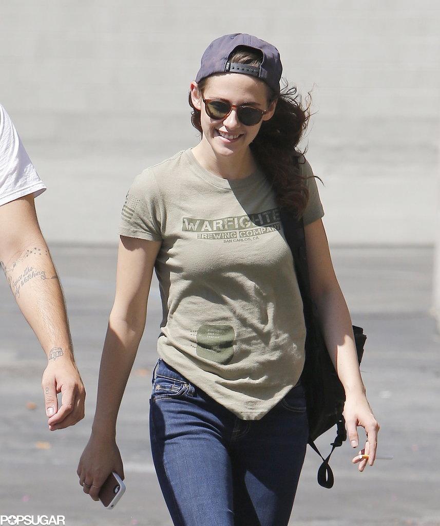 Kristen Stewart smiled while grabbing lunch in LA.