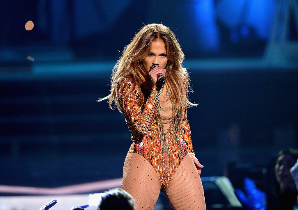 Jennifer Lopez delivered a ferocious performance at the Premios Juventud event.