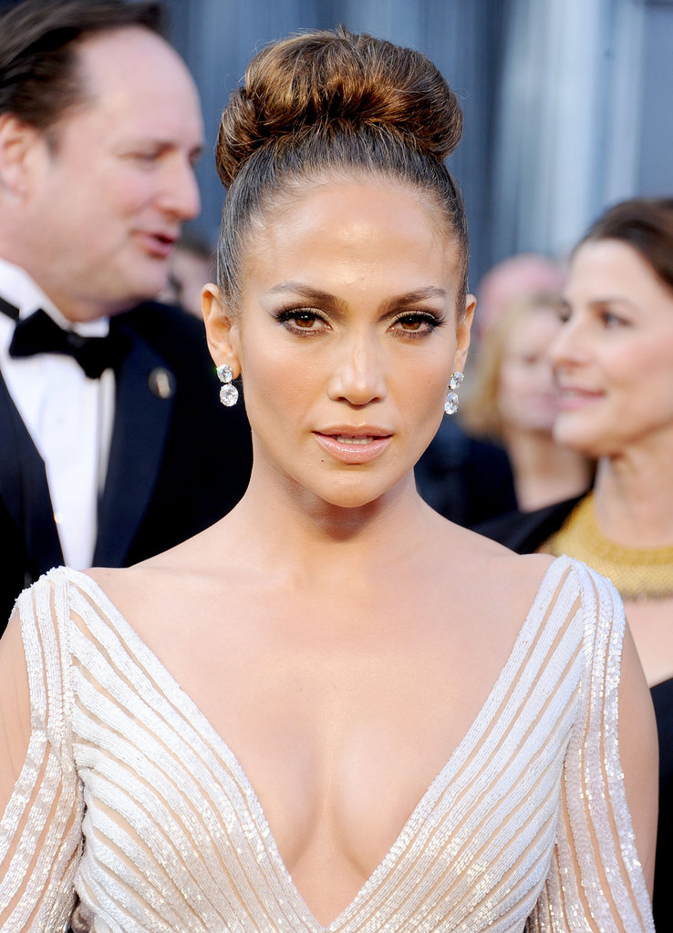 At the 84th annual Academy Awards in 2012, Jennifer showed off her sultry side in a dramatic double cat-eye makeup look.