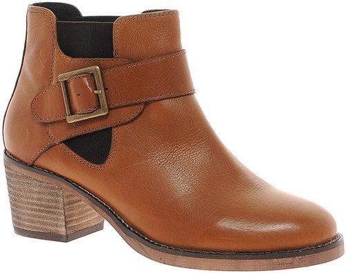 ASOS ACQUAINT Leather Chelsea Ankle Boots