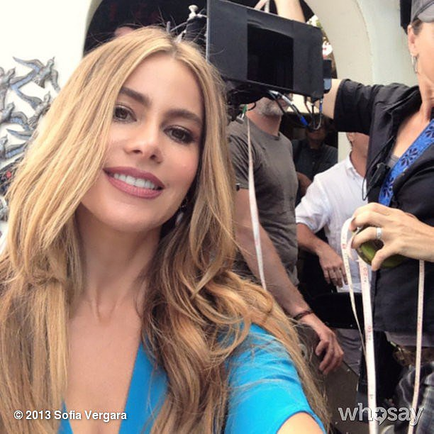 Sofia Vergara showed off her sun-kissed hair on set. Source: Sofia Vergara on WhoSay