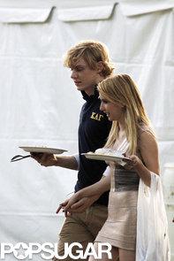 celebrityEmma-Roberts-Evan-Peters-Filming-AHS-Season-3-Photos