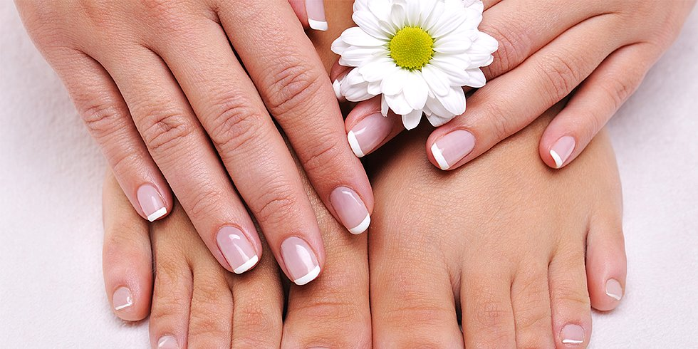 Eat This For Strong, Healthy Nails!