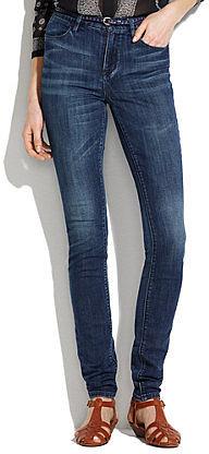Skinny skinny high riser jeans in river wash