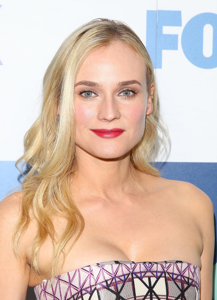 Out for the TCA Fox party, Diane Kruger opted for rosy cheeks and a bright berry lipstick. She kept her hair casual with loose waves.