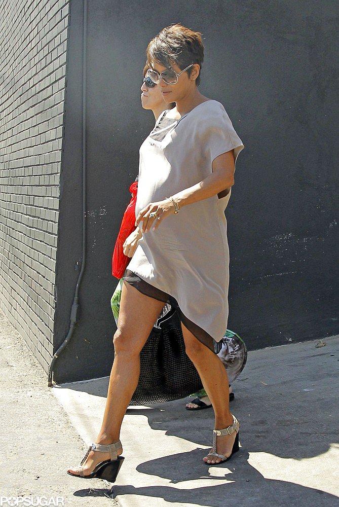"Halle Berry's ""Surprise Pregnancy"" Was a Challenge on the X-Men Set"