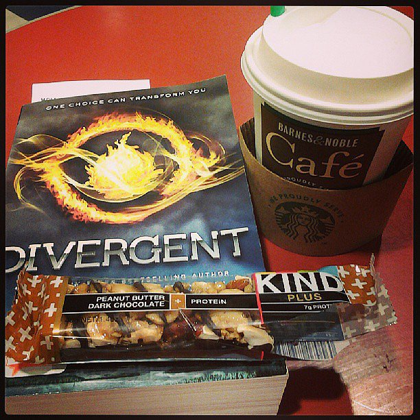 """Thecrandalllife explains her book pick: """"Have an hour of free time and I have been told I should read Divergent by so many people."""""""