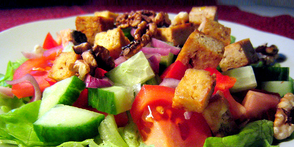 Salad Secrets: All Protein Toppings Are Not Created Equal