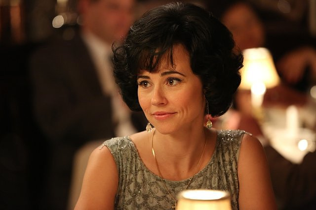 Linda Cardellini Cardellini made a splash as Don's mistress on the most recent season of Mad Men — and Emmy voters noticed. Her role as Sylvia got her her first nom as an outstanding guest actress in a drama series.
