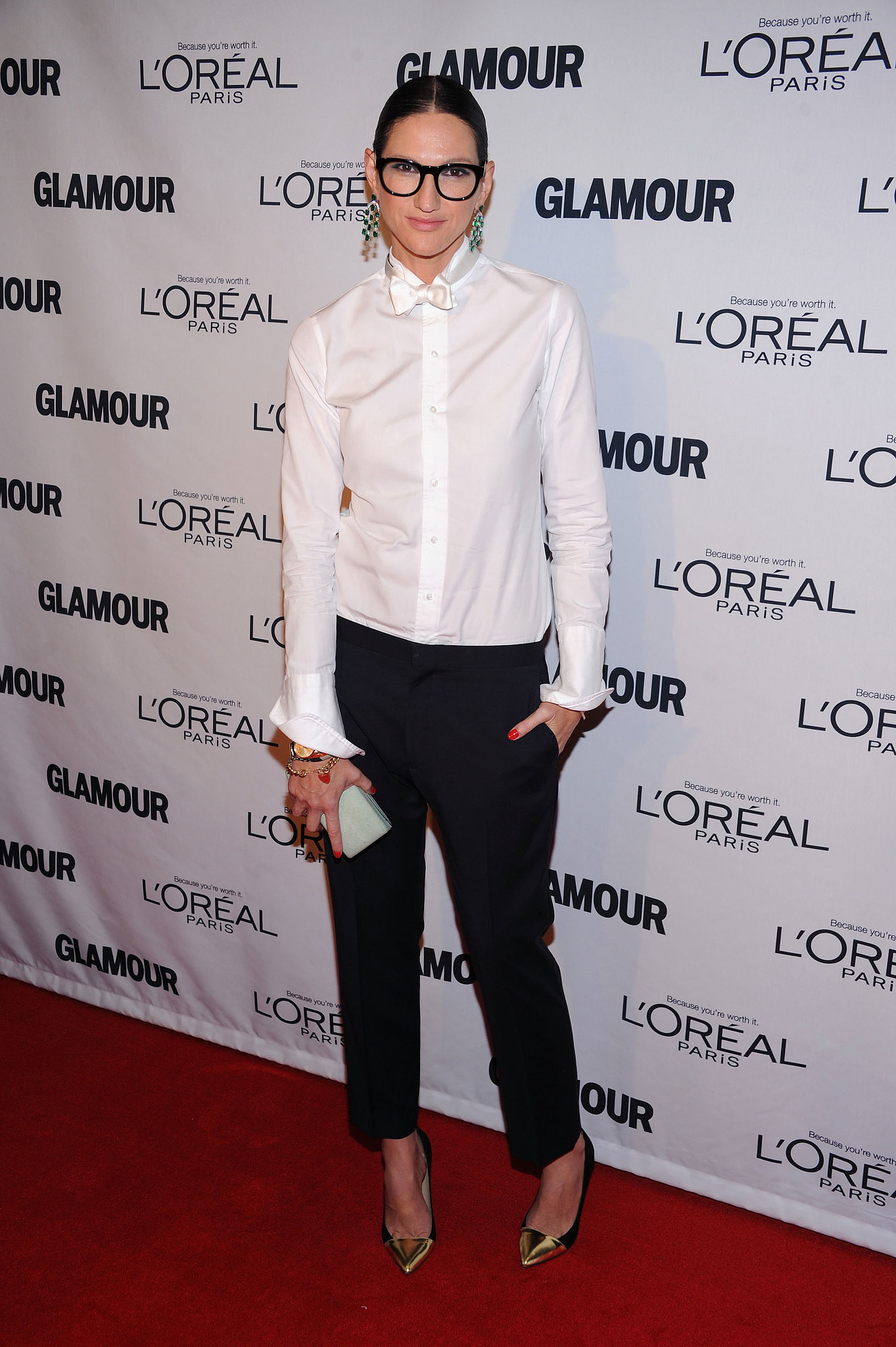 Do like Lyons and button your white blouse all the way up. So chic!