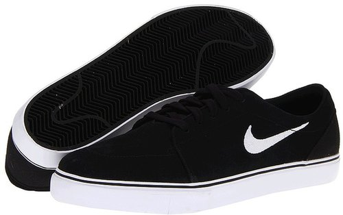 Nike Action - Satire (Black/White) - Footwear