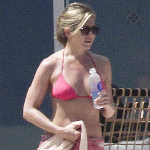 Jennifer Aniston Bikini Pictures on Mexico Holiday