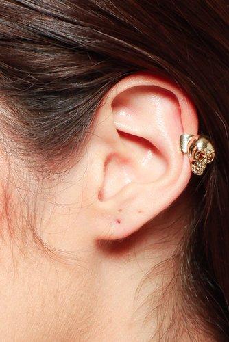 Evil Skull Ear Cuff