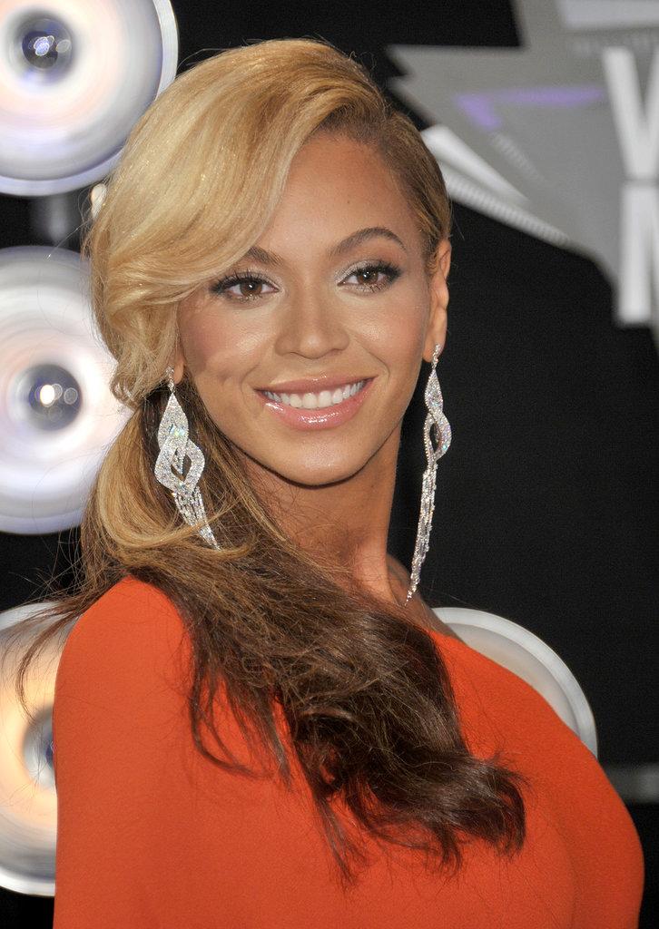 Beyoncé, 2011