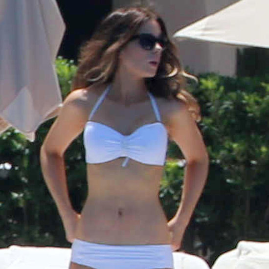 Kate Beckinsale in a Bikini in Mexico | Pictures