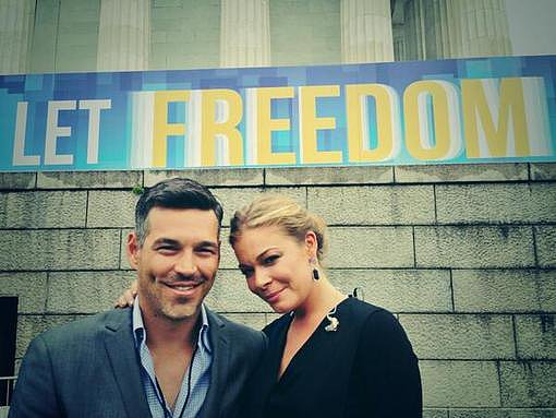 LeAnn Rimes shared this photo of herself and husband Eddie Cibrian after singing at the 50th anniversary of the March on Washington. Source: Twitter user leannrimes