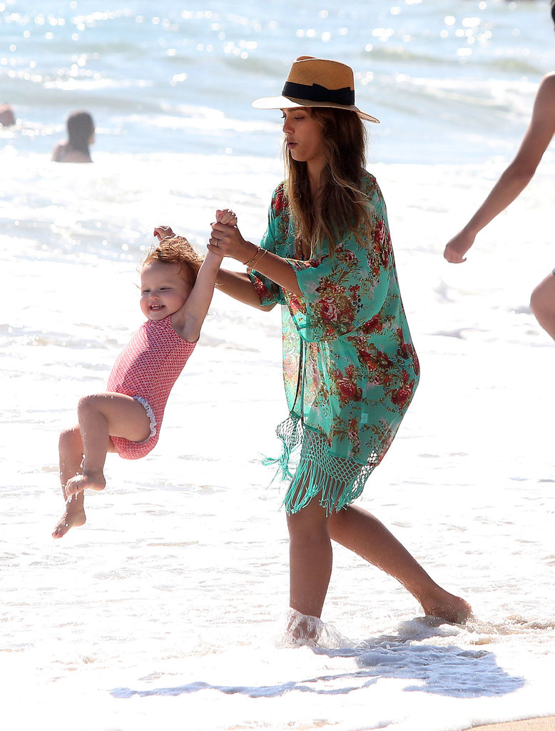Jessica Alba played with Haven Warren in the water.