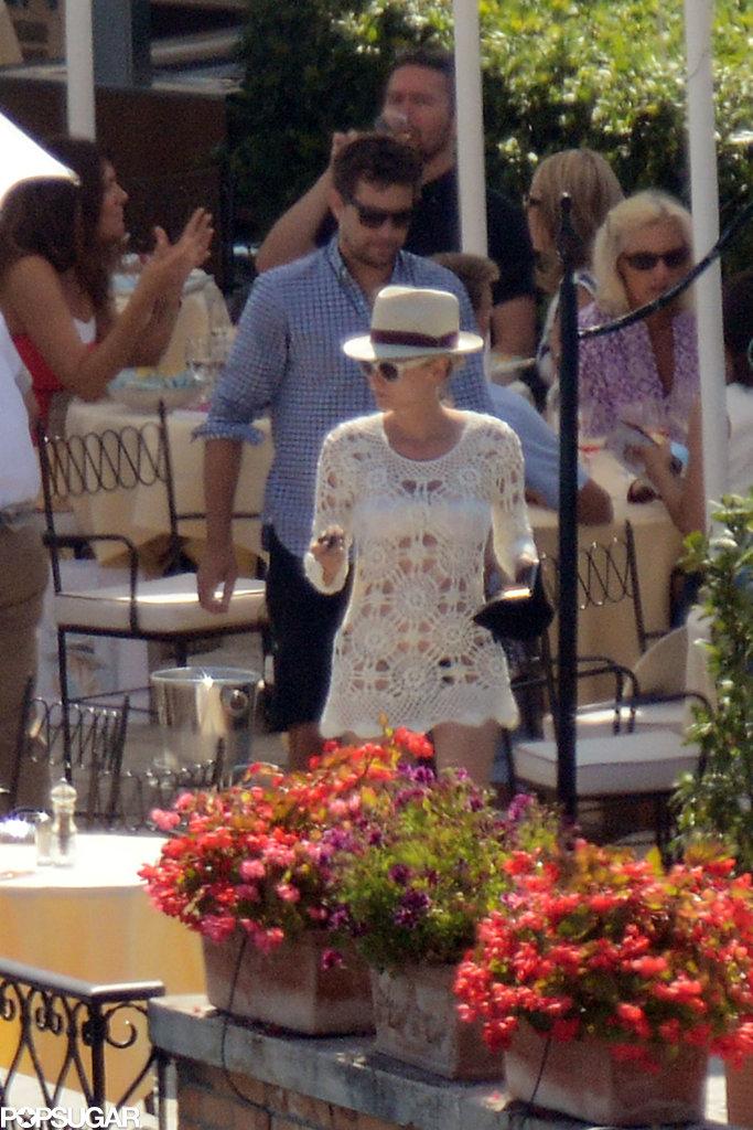 Diane Kruger and Joshua Jackson got lunch together.
