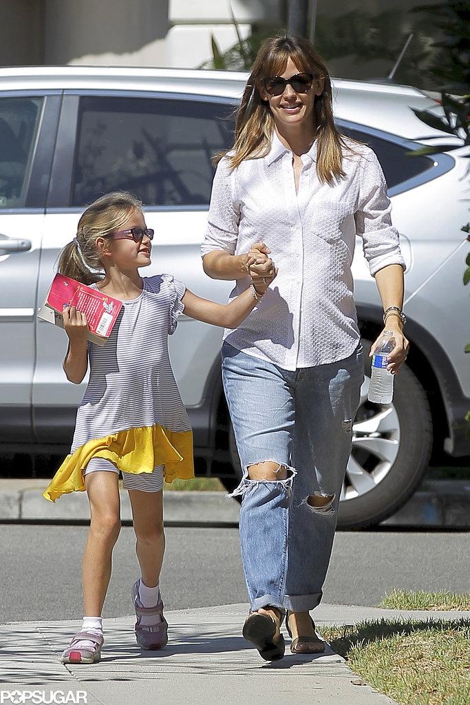Jennifer Garner was all smiles with her little reader Violet Affleck in LA in August 2013.