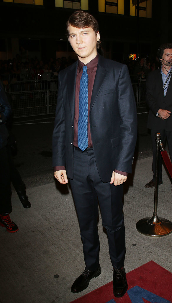 Paul Dano attended the premiere despite an injury.