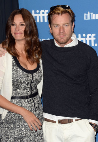 Julia Roberts posed with Ewan McGregor at the August: Osage County premiere.