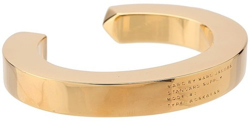 Marc by Marc Jacobs - Standard Supply Plaque Simple Cuff (Oro) - Jewelry