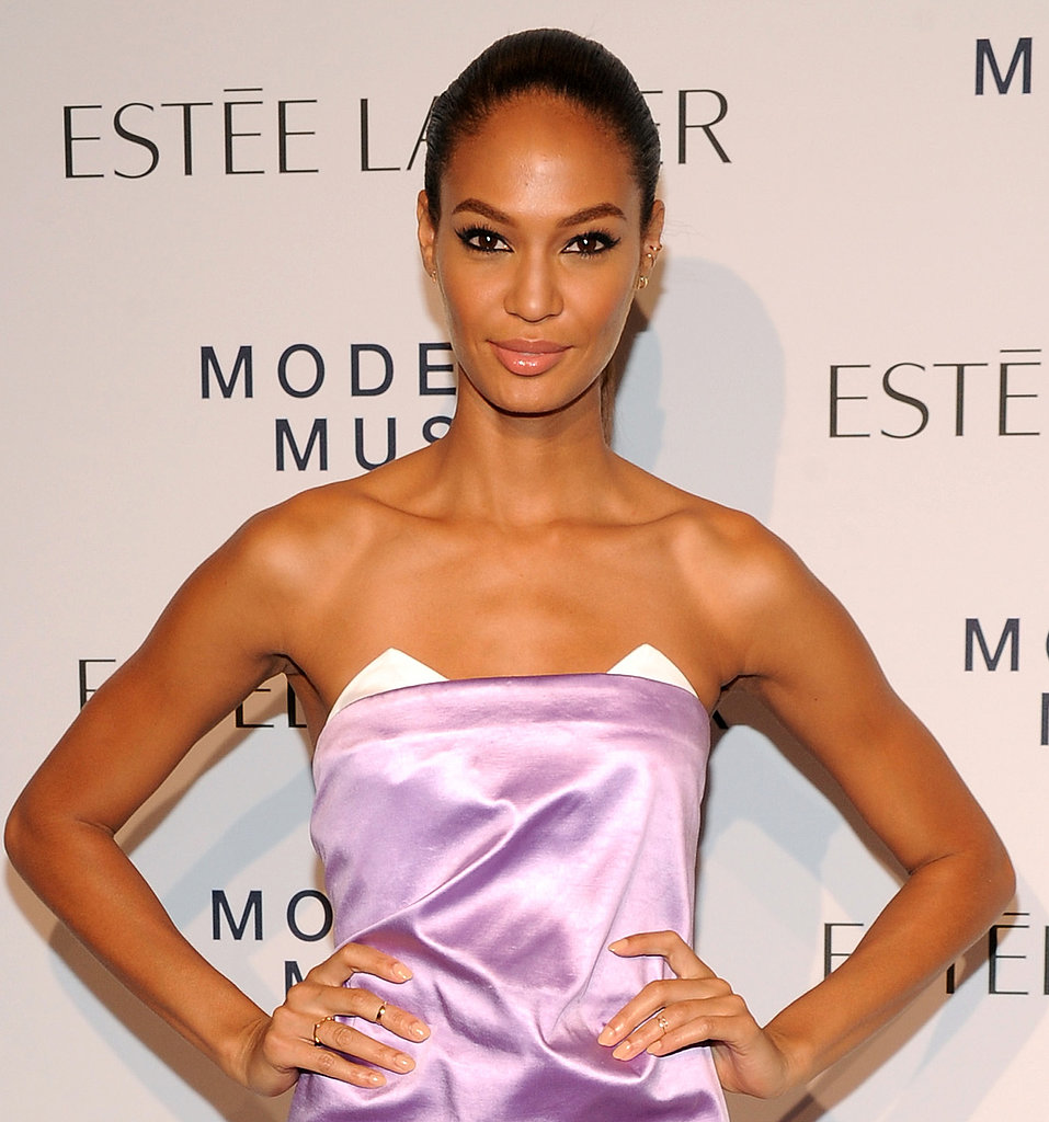 A simple ponytail plus loads of eyeliner looked incredible on Joan Smalls.