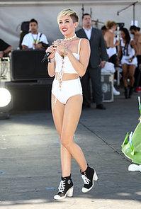 Miley-Cyrus-took-stage-tiny-white-ensemble