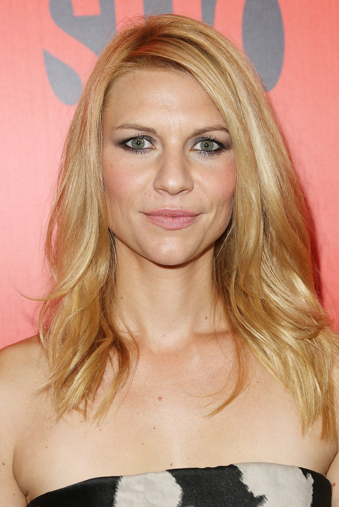 The drama was all in the eyes for Claire Danes who wore a blue-tinged smoky eye to the Showtime Emmy Eve Soiree.