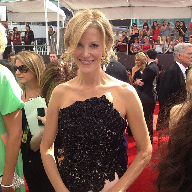 Breaking Bad's Anna Gunn posed for photos on the red carpet. Source: Instagram user entertainmentweekly