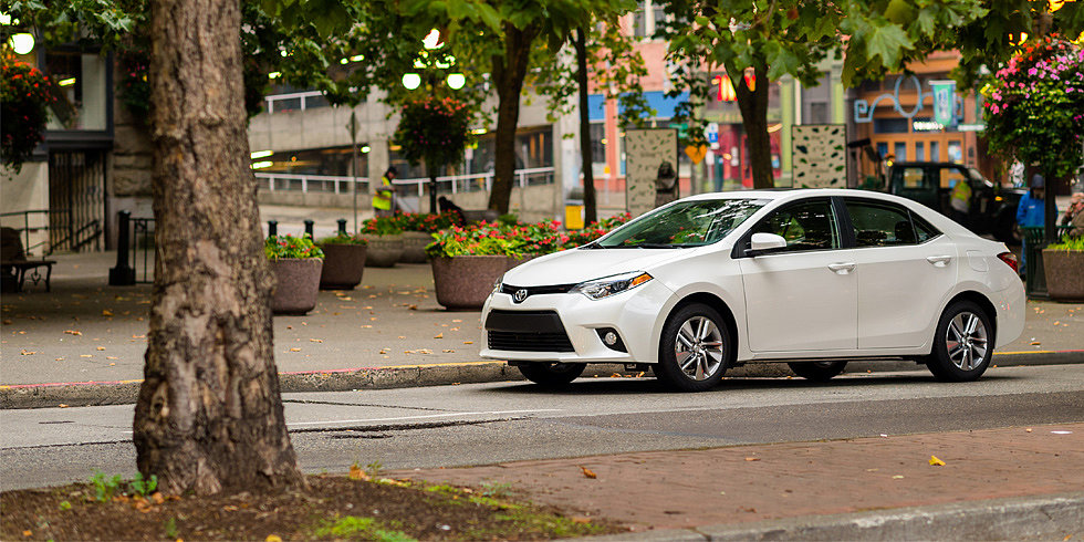 Toyota's Corolla LE Eco Is Fuel-Conscious (and Full of Surprises)