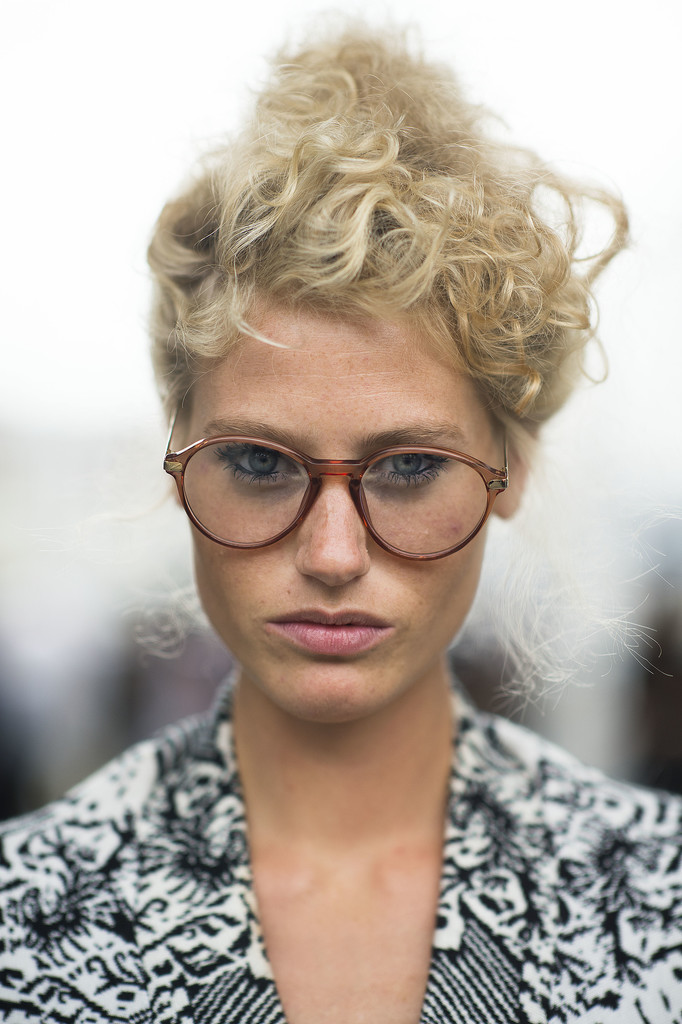 This coiled topknot is too perfect for words. Source: Le 21ème   Adam Katz Sinding