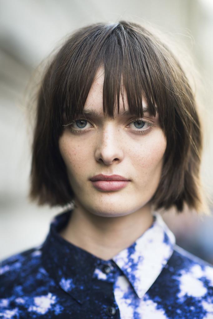 It seems even Parisian ladies have jumped on the blunt bob trend for Fall. Source: Le 21ème   Adam Katz Sinding