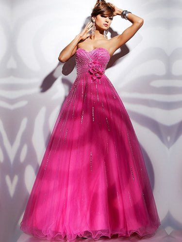 A-line Sweetheart Organza Floor-length Sleeveless Sequins Prom Dresses at sweetquinceaneradress.com