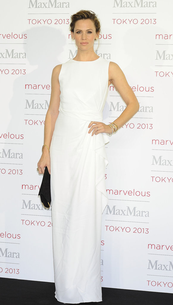 Head-to-toe white can be tough to pull off but not when you're Jennifer Garner — as she proved flawlessly in Max Mara's ruffled column at the label's Tokyo event.