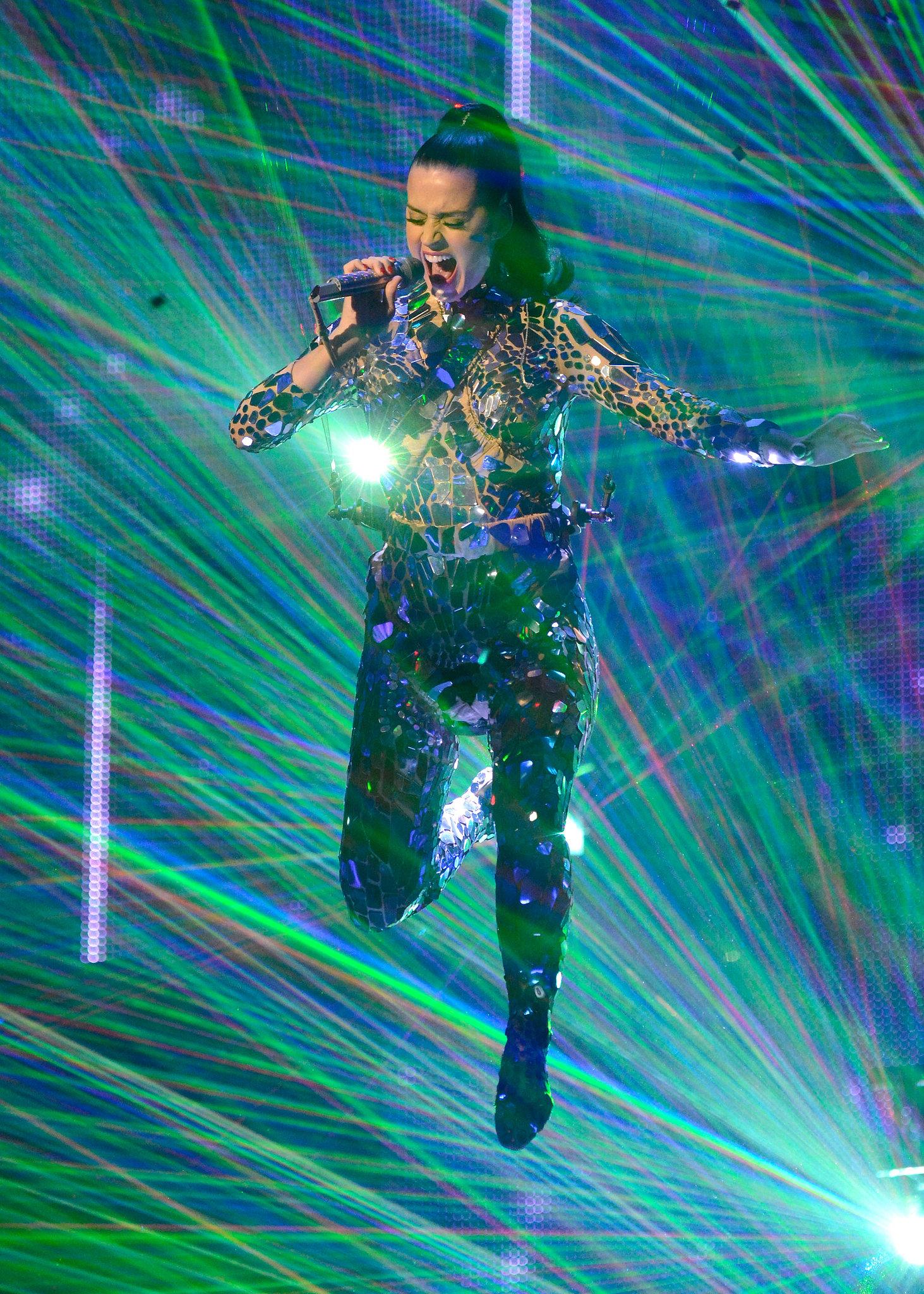 MTV EMAs: Miley, Katy, Eminem, and . . . Ron Burgundy?