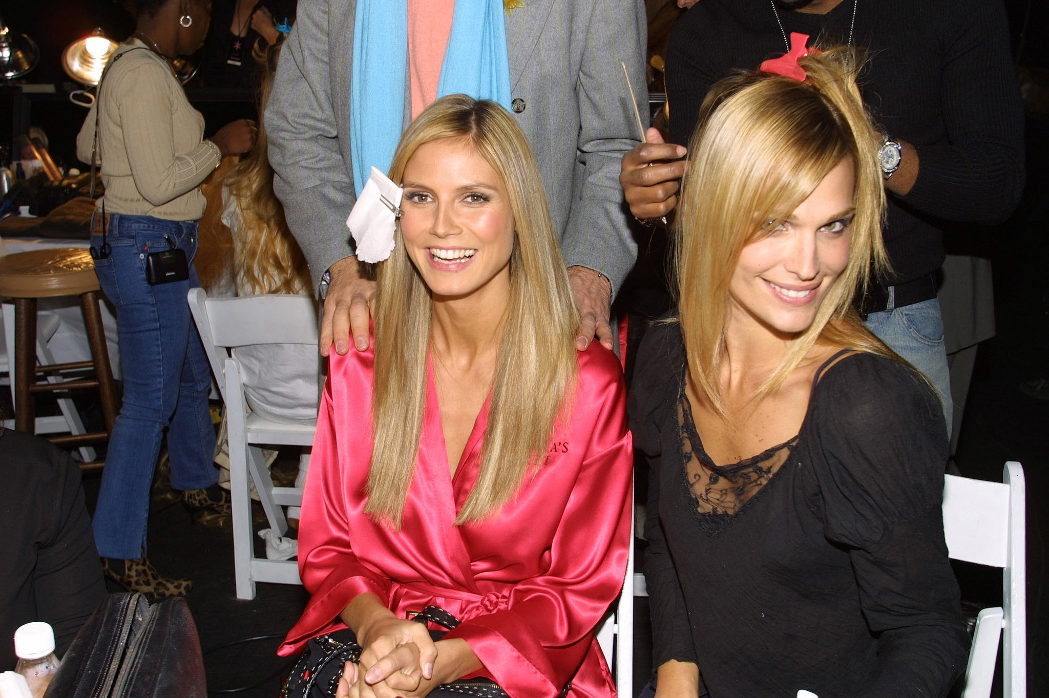 Heidi Klum and Molly Sims hung backstage in 2001.