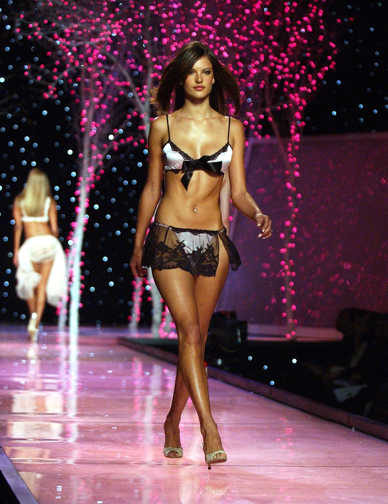Alessandra Ambrosio was bronzed and bow-tied in 2001.