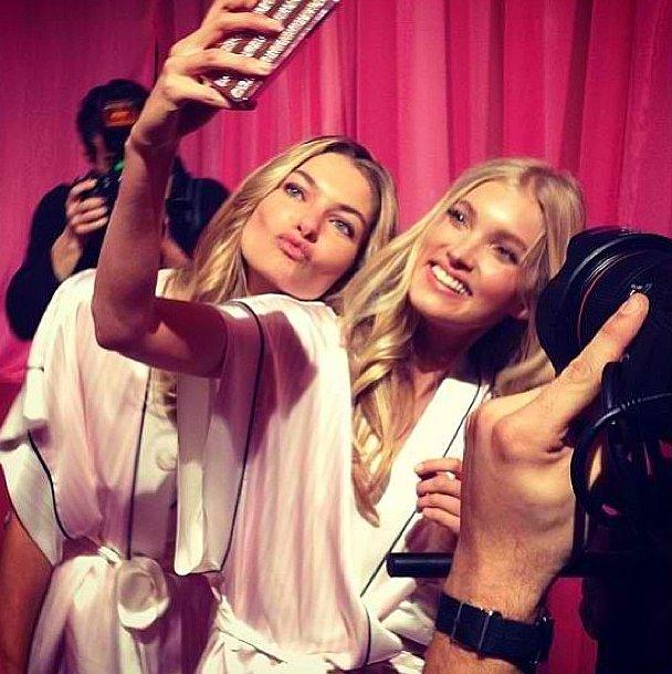 Smile for the camera, ladies! Source: Instagram user hoskelsa