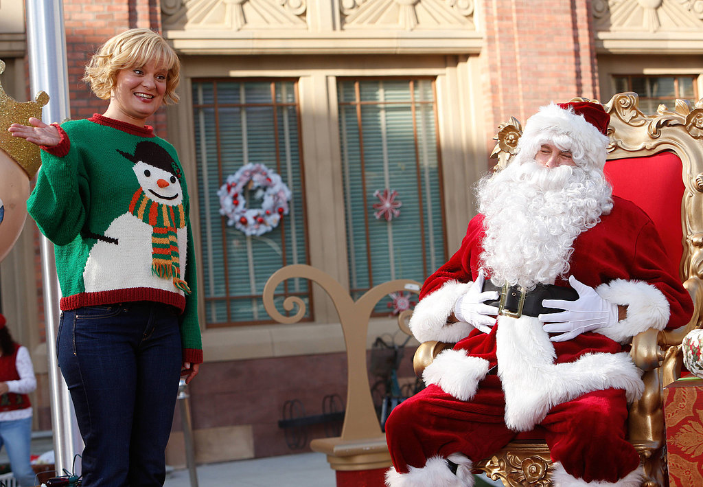 Raising Hope Burt (Dillahunt) volunteers to be Natesville's resident Santa Claus.
