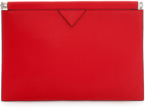 Clutch With Flat Clasp Fastening